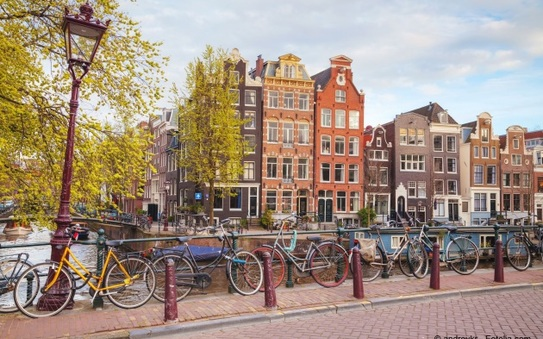 Why is eMobility taking off in Amsterdam?