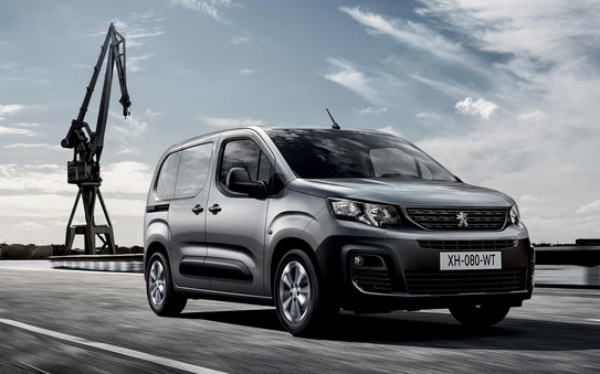 Leasing an LCV?  6 Reasons why you save time, money, and stress