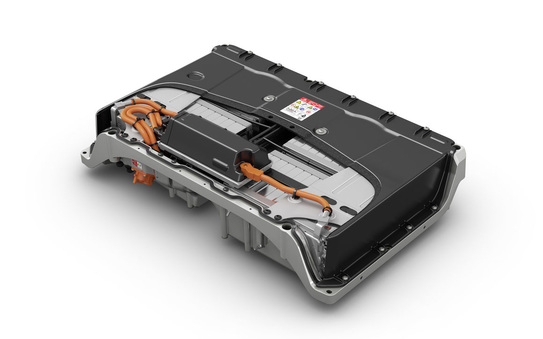 Carmakers in push for European battery development