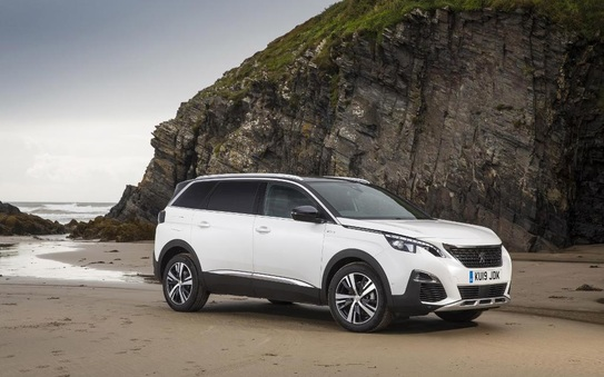Peugeot 5008 SUV & Expert take honours at the 2019 Business Vans Awards