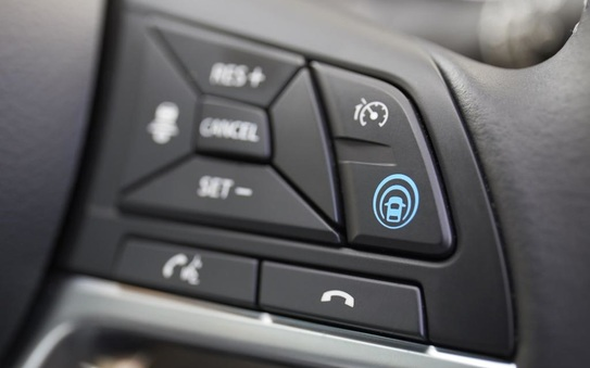 Nissan introduces ProPILOT technology to the full Qashqai range