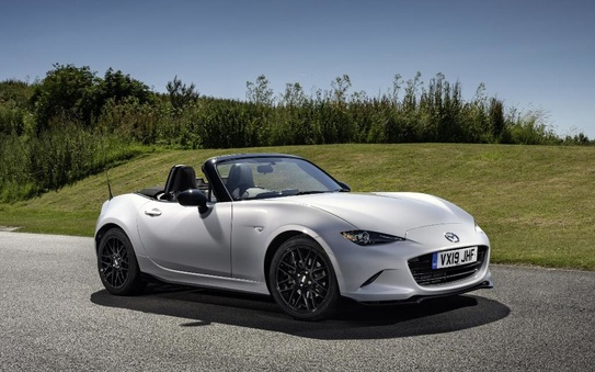 10 eye-catching convertibles for under £10k