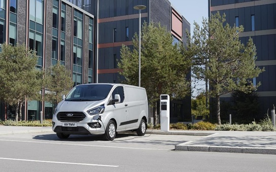 New Ford Transit and Tourneo custom plug-in hybrids deliver zero emission
