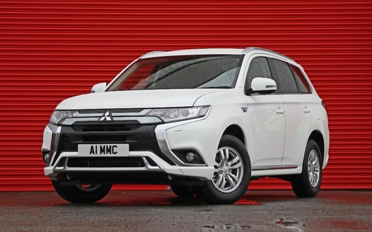 2020 Mitsubishi Outlander PHEV Reflex commercial - on sale now