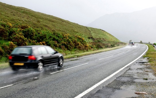 Driving in the rain: tips from IAM Roadsmart
