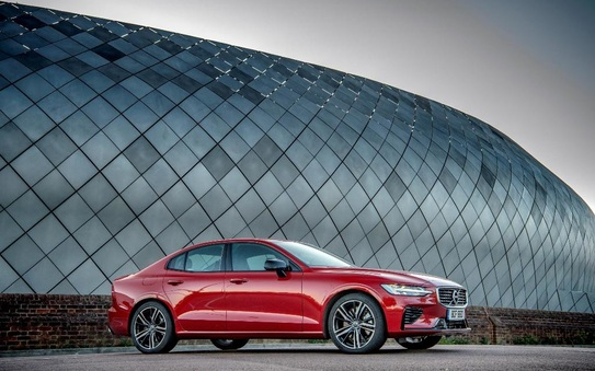 Volvo S60 triumphs as Executive Car of the Year in Scottish Car of the Year Awards