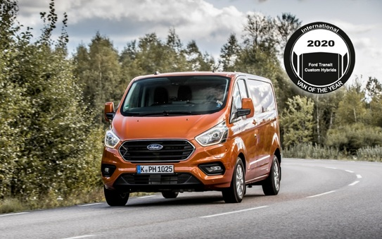 Ford scores unique International Van of the Year 2020 award 1-2